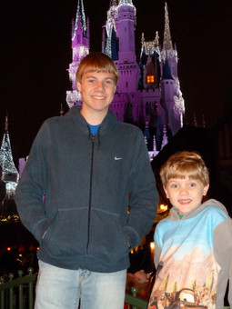 Jacob Thompson disney alex brother