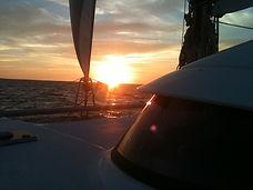 Aldabra-yacht-charter location Balades en mer coucher de soleil promenades catamaran La Rochelle