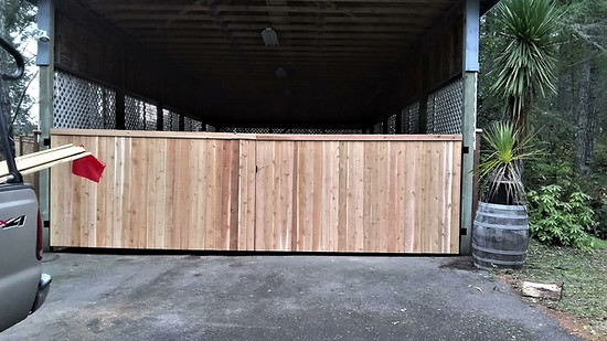 Custom combination of a Trimmed out Field Fence and a Cedar Estate Style Fence