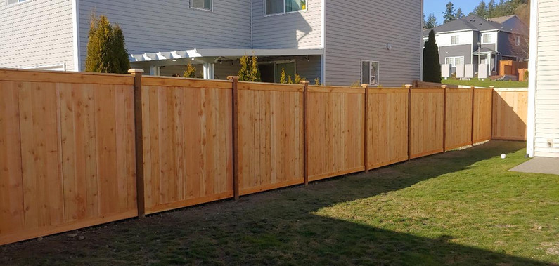 Full Cedar Estate Style Fence with Top and Bottom Trim and Top Plate