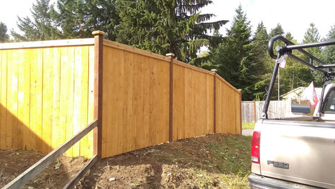 Prestain Estate Style Fence with Postcap Reveal