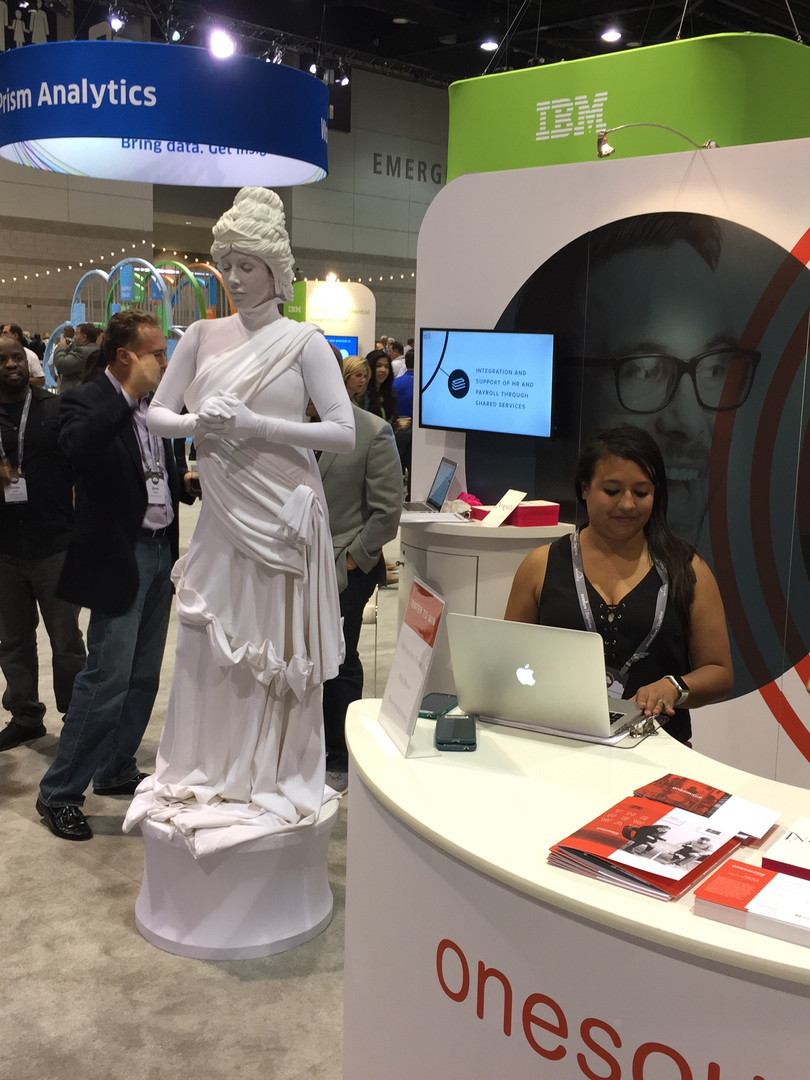 Live statue at tradeshow