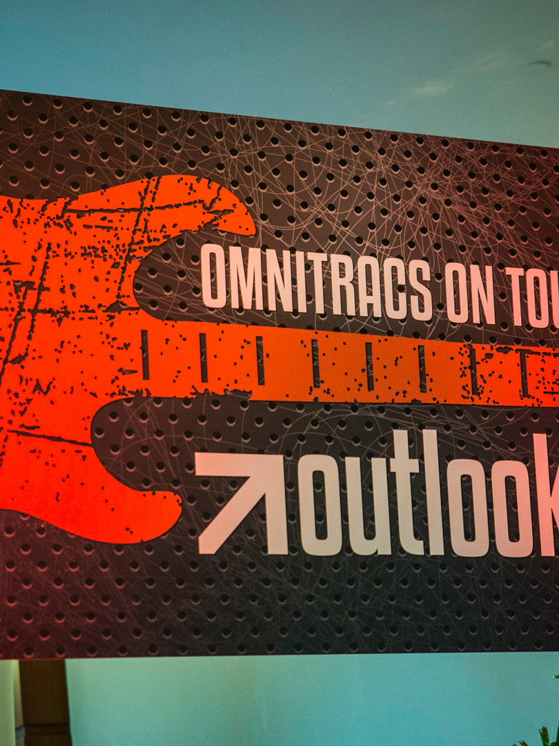 Omnitracs on tour signage