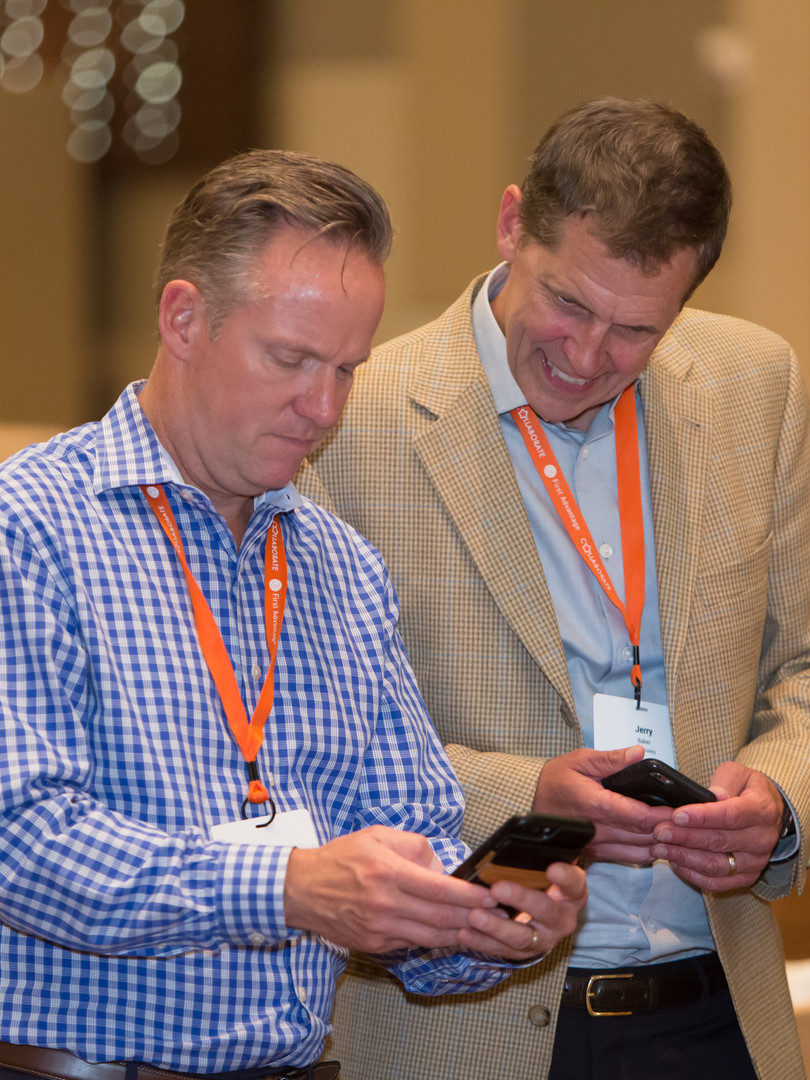 Using event mobile app to network at corporate event