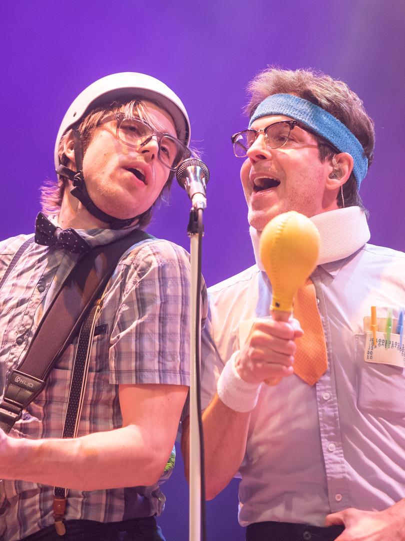 Spazmatics band singing