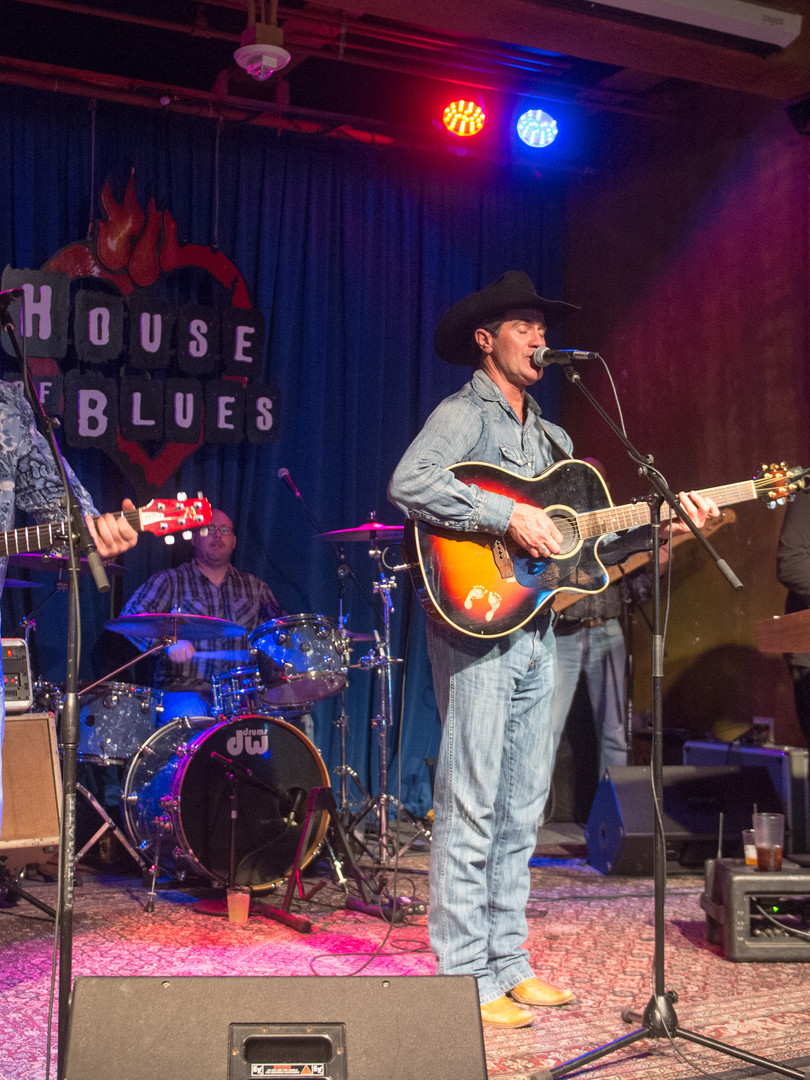 country band performing at House of Blues