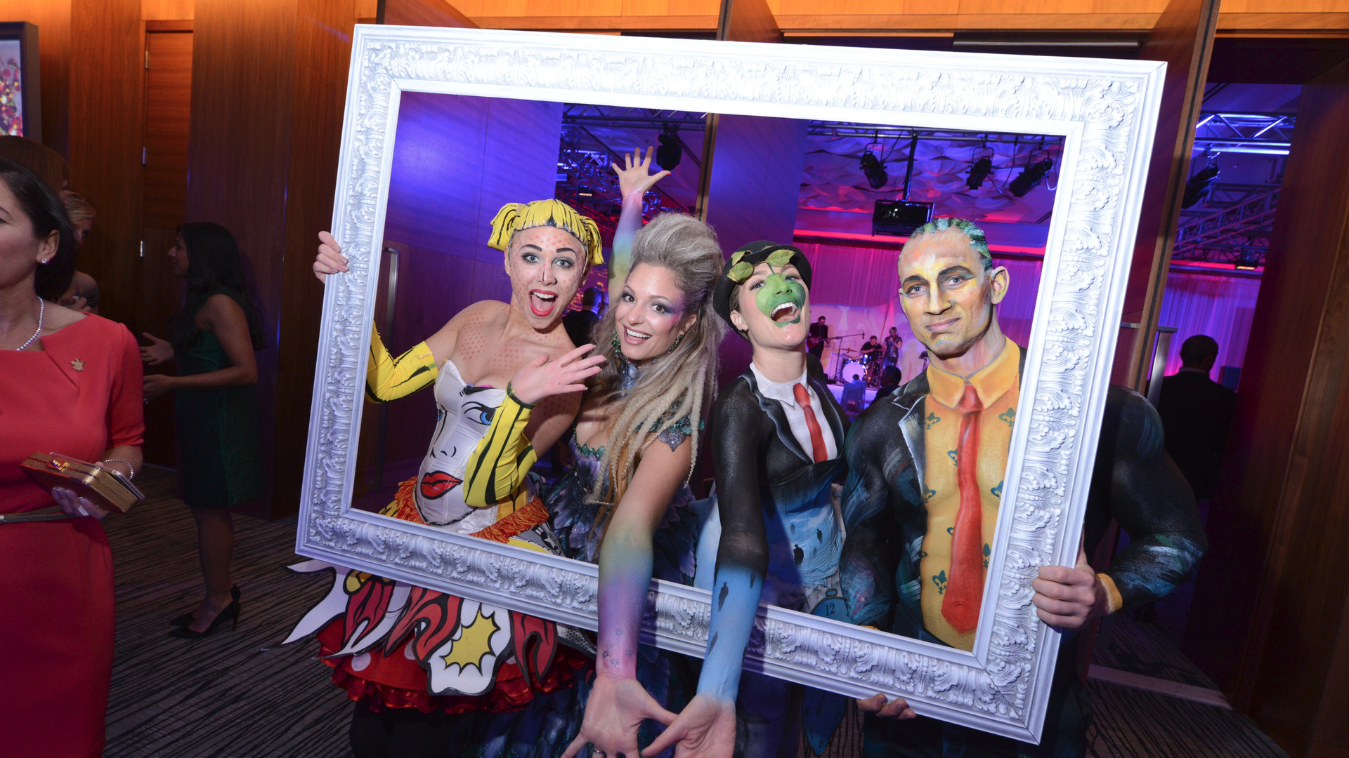 Entertainers dressed as live art for corporate event entertainment