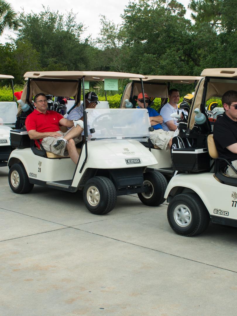 Right On Pointe organizes golf tournament