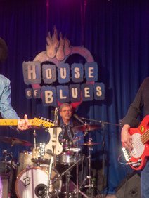 Coverband performing at House of Blues