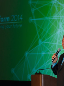 Joe Theismann as keynote speaker at conference