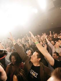 Crowd enjoying Foreigner's performance