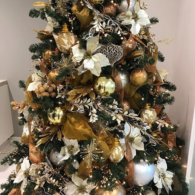 Happy Holidays!_Cream, Gold and Copper