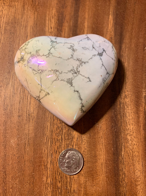 Howlite Aura Heart