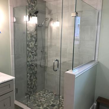 shower   - door.JPG