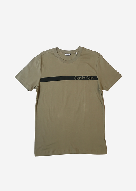 Camiseta Calvin Klein Basic Listra - CK009