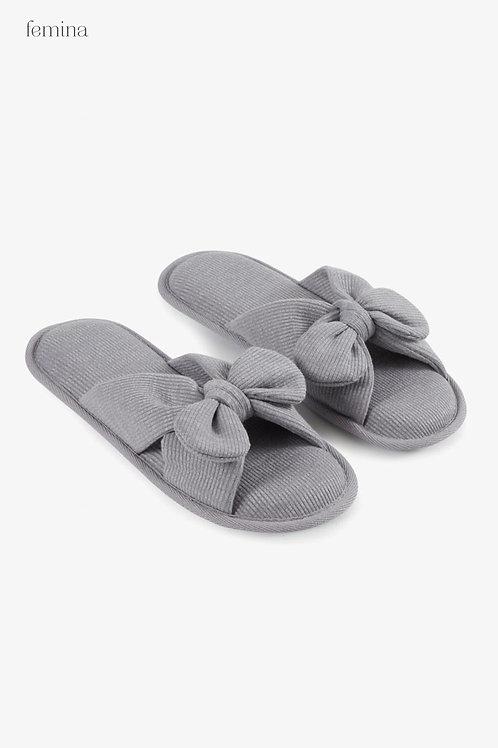 נעלי בית פפיון אפור - femina