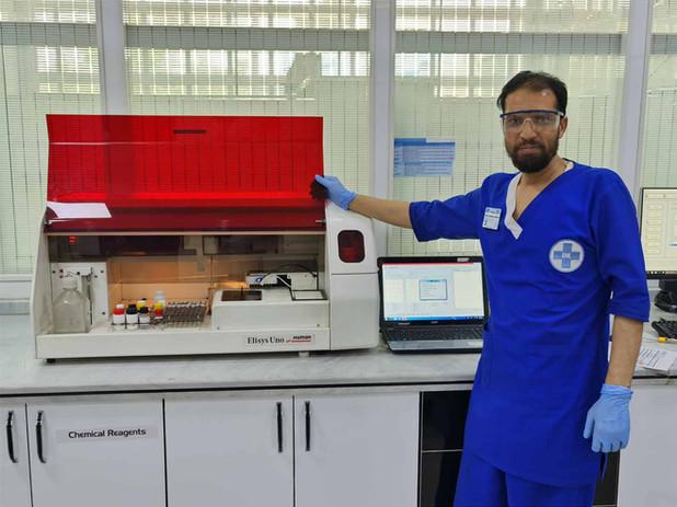 Fully automated ELISA analyzer