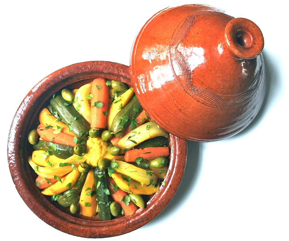 tajine berbère de légumes au safran, olives et citrons confits