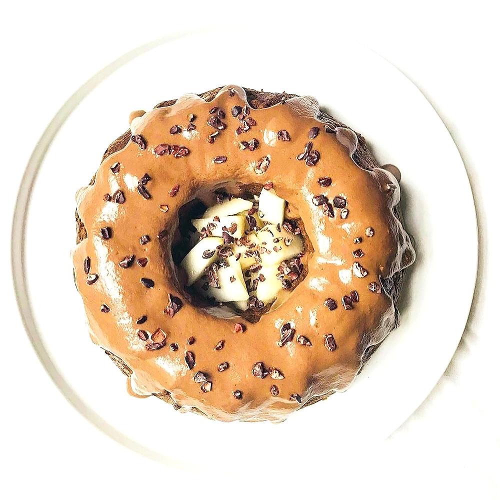 Gâteau moelleux aux poires, noisettes et butternut