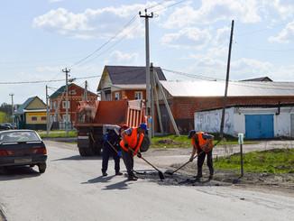 Вышли на ремонт дорог