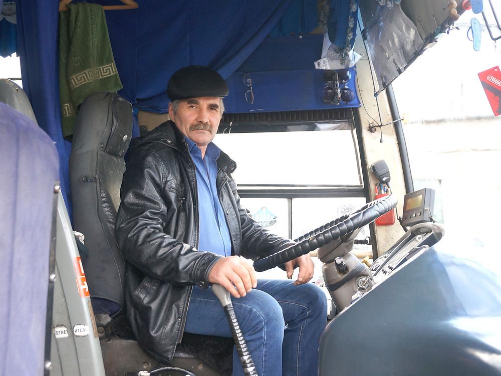 Юрий Константинов перед выходом на линию