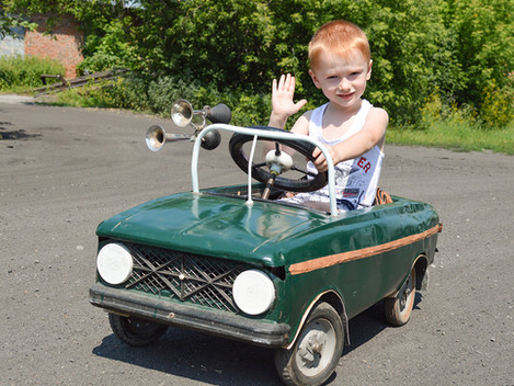 За рулем раритетного автомобиля