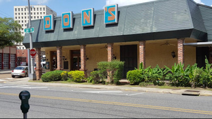 """Don's Seafood in Downtown Lafayette is """"closed"""" according to an employee who works there."""