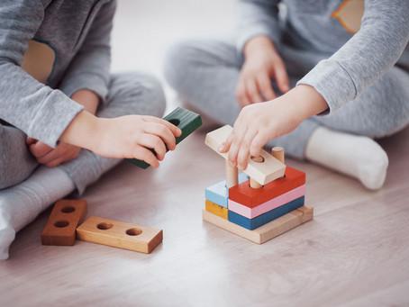 I 10 migliori giochi Montessoriani per bambini
