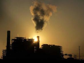 Ministério da Economia autoriza incentivo para usinas térmicas e critica renováveis