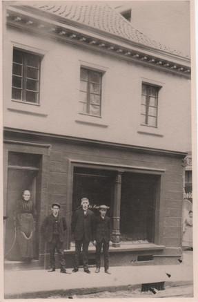 Uropa 1890 001.jpg
