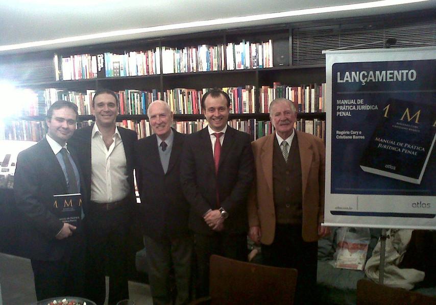 Cristiano Barros, Alessandro Paschoal, Dr. Malheiros, Rogério Cury e Dr. Oduvaldo Donini.