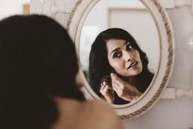Hunter Valley Wedding - Pina getting ready 001