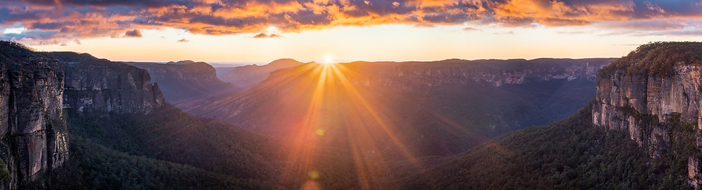 Govett's Leap Blue Mountains Sunrise Wide Panorama
