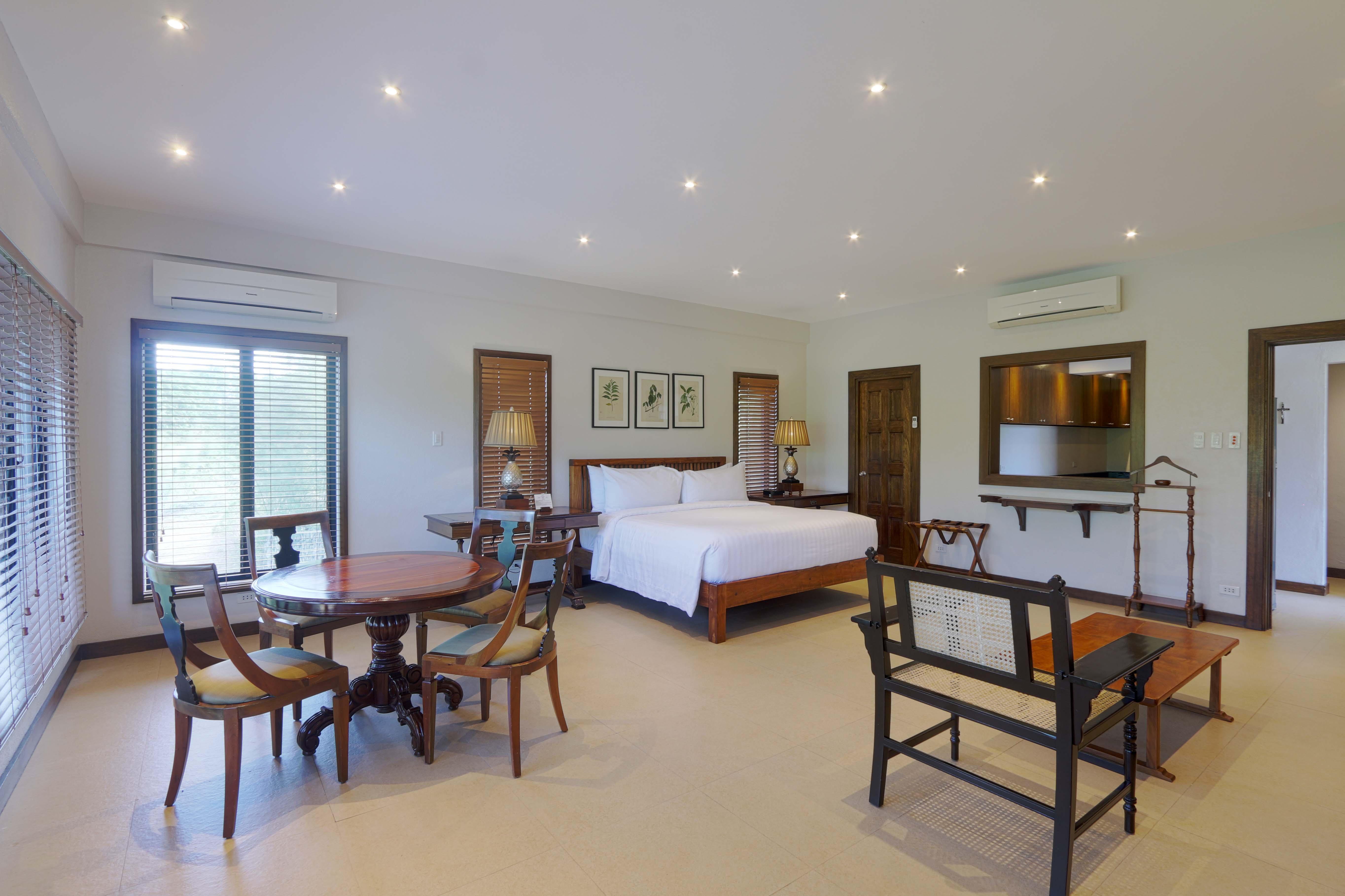 Carmel Suite2