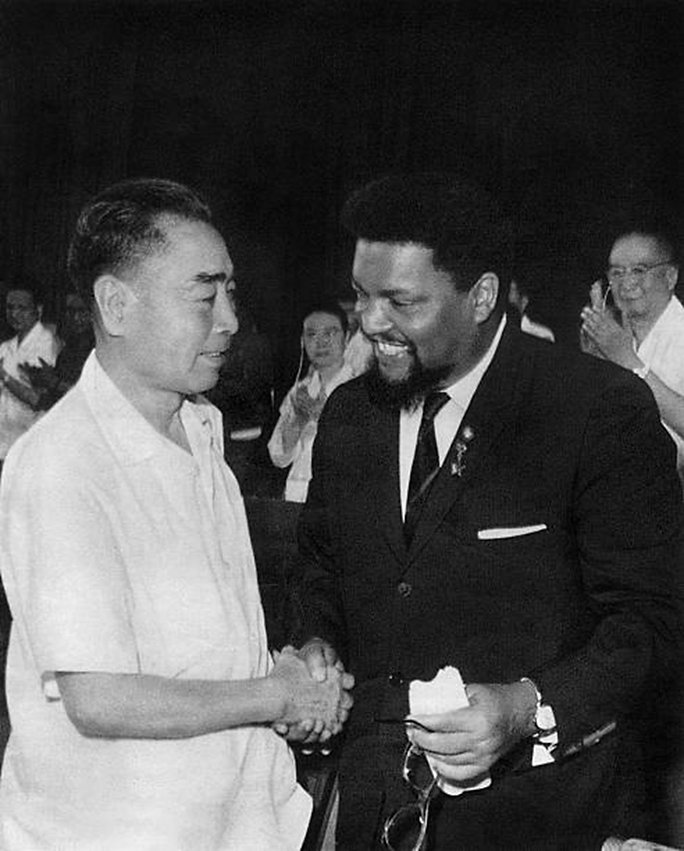 Chinese Premier Zhou Enlai and Robert Williams