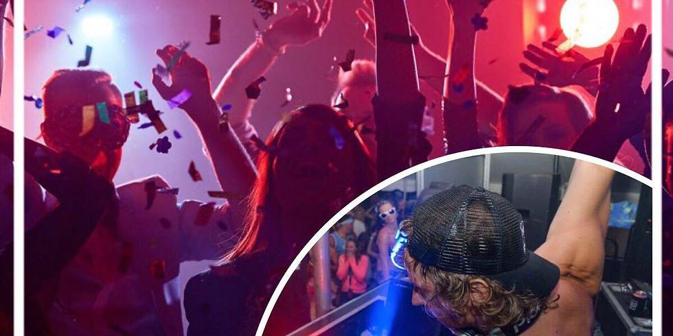 Saturday Night DJ & Dancing