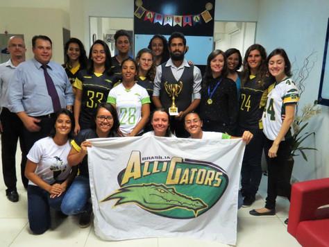 Pacotão Alligators: Reforço norte-americano, flag e homenagem