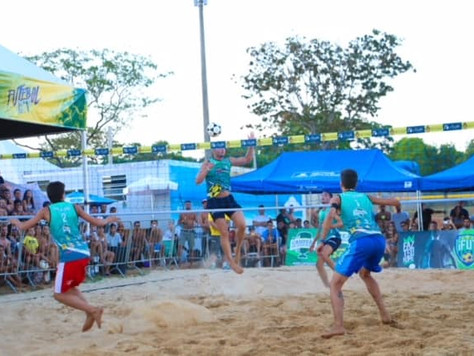 Praia do Cerrado começou hoje em Brasília com craques do Futvôlei