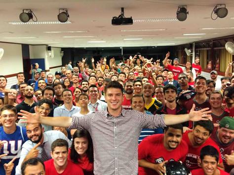Em palestra Cairo Santos fala da sua carreira, vida pessoal e curiosidades da NFL