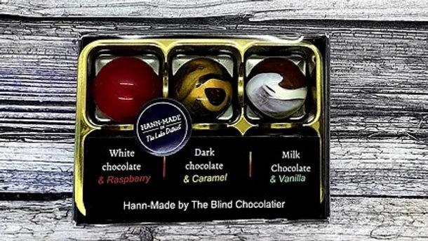 6  Selection box of chocolates