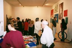 יחידים במינן, תערוכה הומולסבית, מרץ 1999