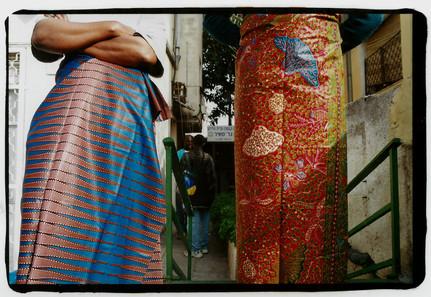 גאנה בישראל, אוצרות שטח, ג'וני, ננה, עובדים מגאנה, צילום: מירי יהודה, מרץ 2001