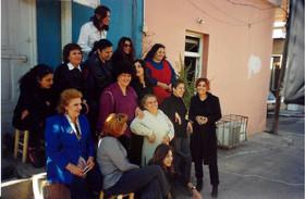 מזרחיות, אוצרות שטח: שולה קשת, משתתפות התערוכה, ביניהן: ברכה סרי, תקוה לוי, פברואר 2000