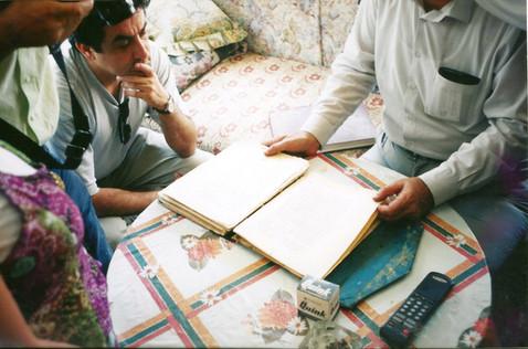 חביון, טמיר, כמוס, מנשה נוי, אצל השומרונים, שכם, דצמבר 1999
