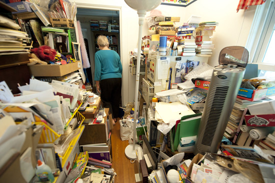 Hoarding | How Clearing The Clutter Will Improve Your Life