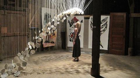 Amy art gazing
