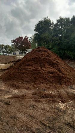 Double Hammer hardwood mulch