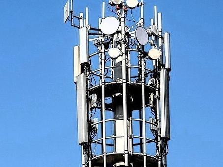StingRay :Controversial cellular phone surveillance device