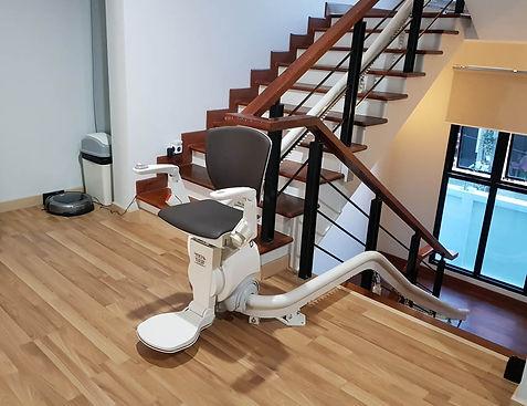เก้าอี้เลื่อนขึ้นบันไดราคาเท่าไหร่