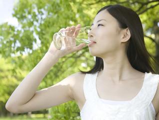 แนะอากาศร้อนจัด ดื่มน้ำวันละ 2 ลิตร